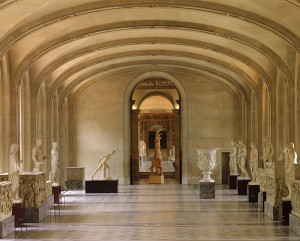 Salle Daru du Musée du Louvre. Pièces de la collection Borghese : Antiquités grecques et romaines